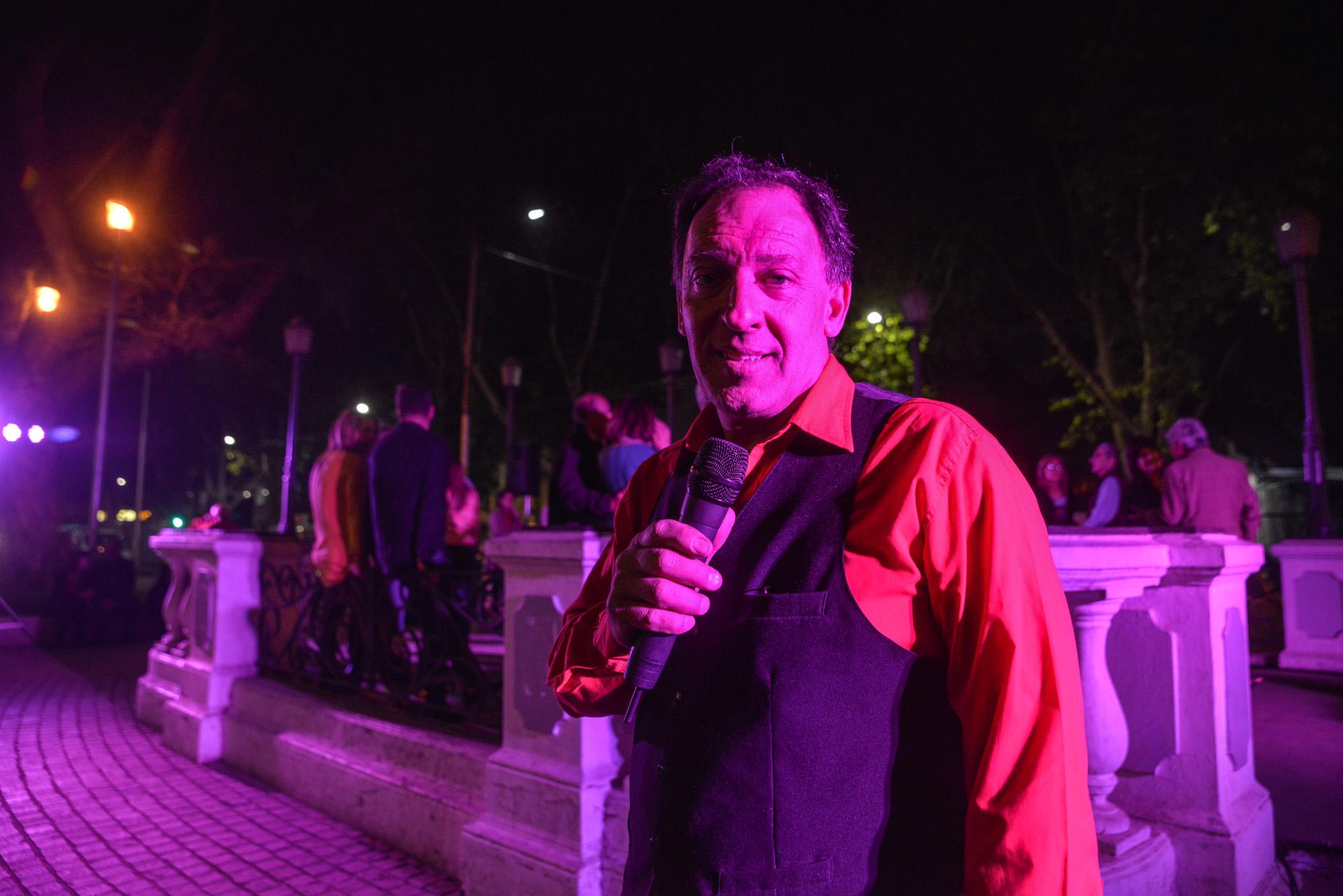 El cantor que puso la calidez de su voz en vivo a la milonga