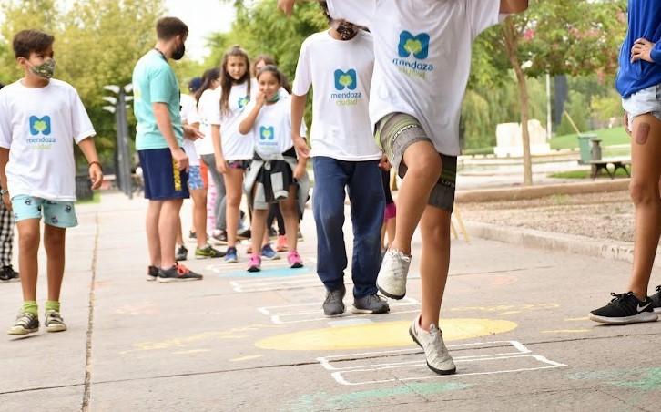 Mendoza continúa con su plan de abordaje integral a niños y niñas del departamento